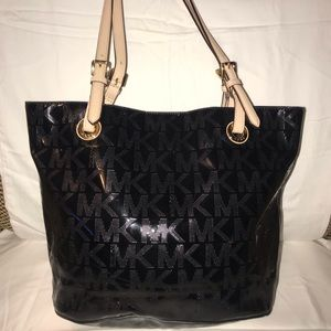 Black MK purse